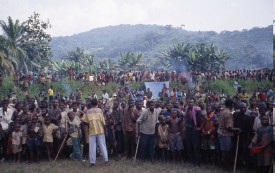 Refugees await food at Kalima south of Tingi Tingi, Feb. 1997