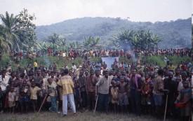 Refugees await food at Kalima south of Tingi Tingi, Feb. 1997